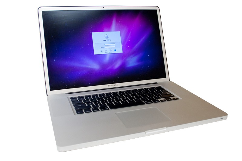 MacBook Pro 17 A1297 Core i7 2.66 GHz - 8GB - 750GB - VGA Geforce 330M GT